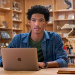 Things to keep in mind when buying an Apple Mac for school and college
